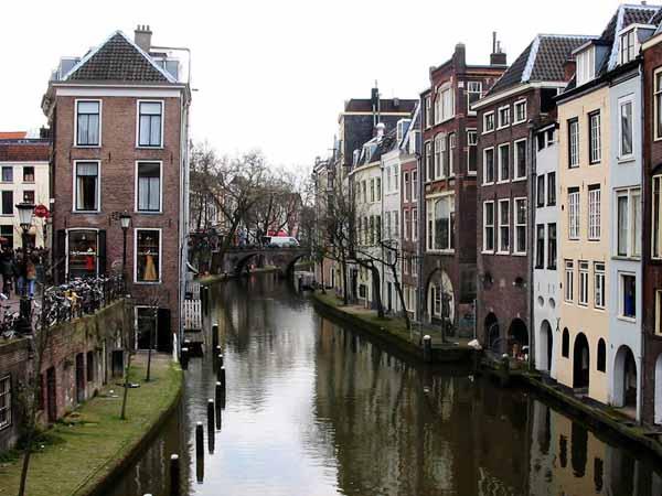 Canal_utrecht01